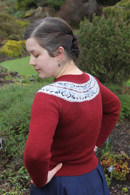 The charm of a yoke – KnitBritish