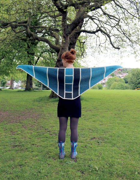 Baltic Gradient Shawl_wingspan